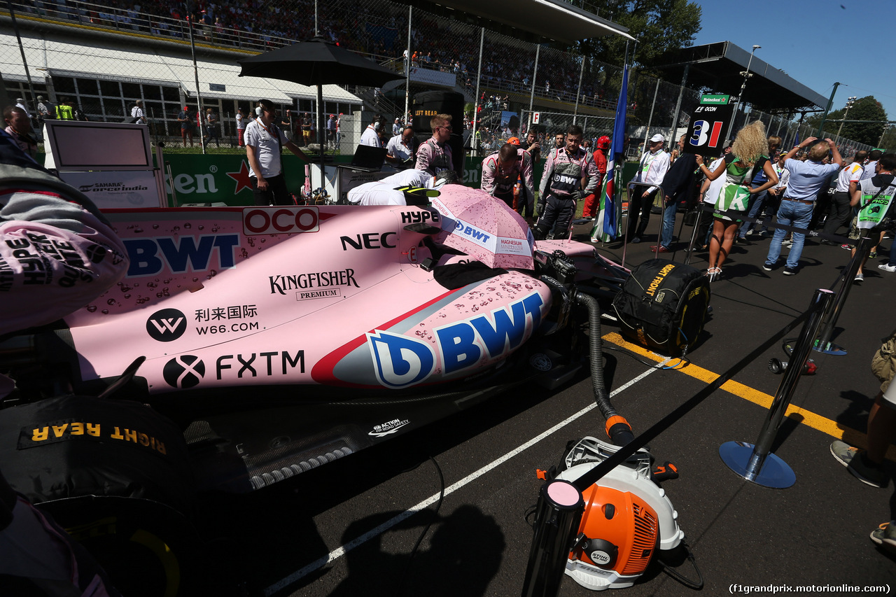 GP ITALIA, 03.09.2017- Gara, partenzaing grid Esteban Ocon (FRA) Sahara Force India F1 VJM10
