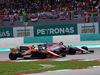 GP MALESIA, 01.10.2017 - Gara, Stoffel Vandoorne (BEL) McLaren MCL32 e Sergio Perez (MEX) Sahara Force India F1 VJM010