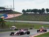 GP MALESIA, 01.10.2017 - Gara, Sergio Perez (MEX) Sahara Force India F1 VJM010 e Sebastian Vettel (GER) Ferrari SF70H