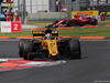 GP MESSICO, 29.10.2017 - Gara, Nico Hulkenberg (GER) Renault Sport F1 Team RS17 e Kimi Raikkonen (FIN) Ferrari SF70H