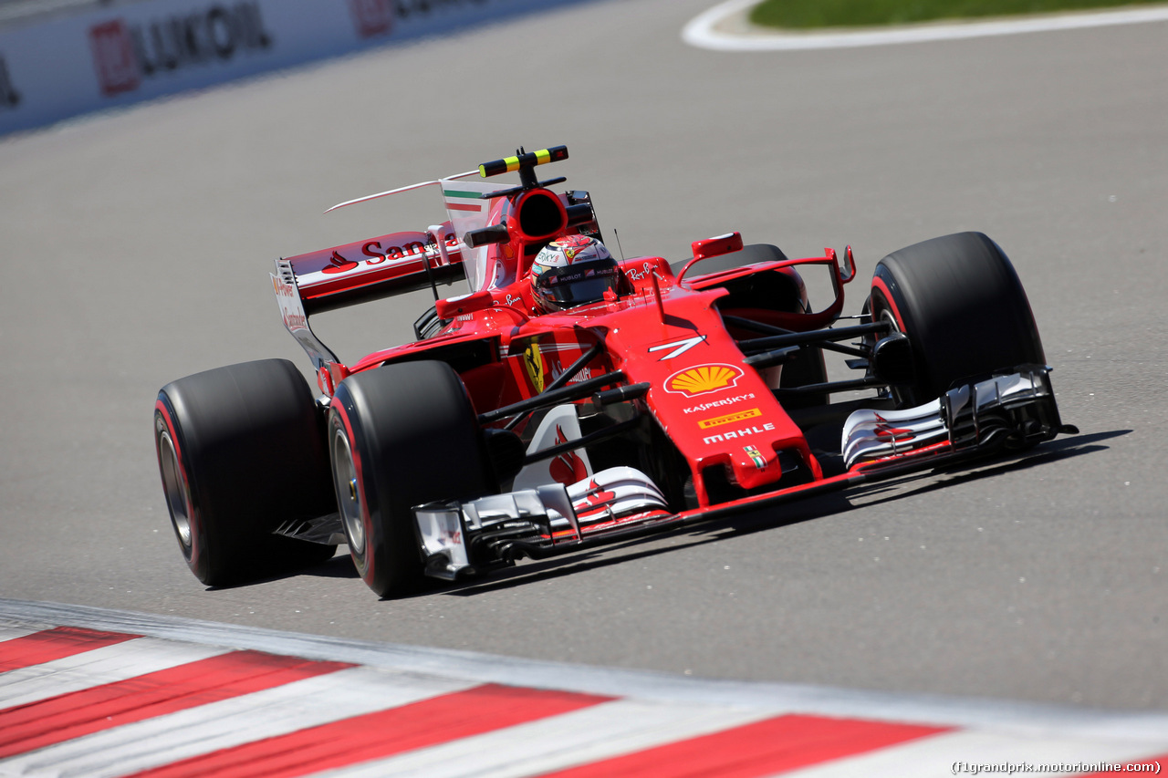 Orosz Nagydíj: Ferrari 1-2 a második szabadedzésen