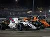 GP SINGAPORE, 17.09.2017 - Gara, Felipe Massa (BRA) Williams FW40 e Stoffel Vandoorne (BEL) McLaren MCL32