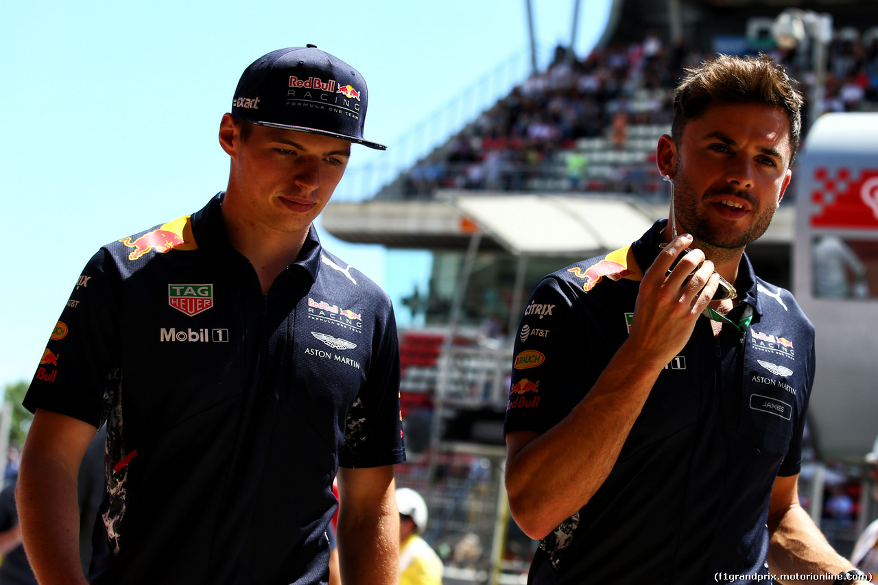 GP SPAGNA, Max Verstappen (NLD) Red Bull Racing on the drivers parade. 14.05.2017.