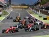 GP SPAGNA, Sebastian Vettel (GER) Ferrari SF70H davanti a at the partenza of the race. 14.05.2017.