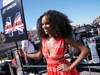 GP STATI UNITI, 22.10.2017 - Gara, griglia Ragazza e Lewis Hamilton (GBR) Mercedes AMG F1 W08