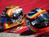 GP STATI UNITI, 22.10.2017 - Gara, Helmets, Carlos Sainz Jr (ESP) Renault Sport F1 Team RS17 e Fernando Alonso (ESP) McLaren MCL32