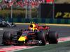 GP UNGHERIA, 30.07.2017 - Gara, Max Verstappen (NED) Red Bull Racing RB13 davanti a Lewis Hamilton (GBR) Mercedes AMG F1 W08