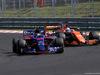 GP UNGHERIA, 30.07.2017 - Gara, Carlos Sainz Jr (ESP) Scuderia Toro Rosso STR12 e Fernando Alonso (ESP) McLaren MCL32