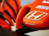 TEST F1 BAHRAIN 18 APRILE, McLaren MCL32 nosecone. 18.04.2017.