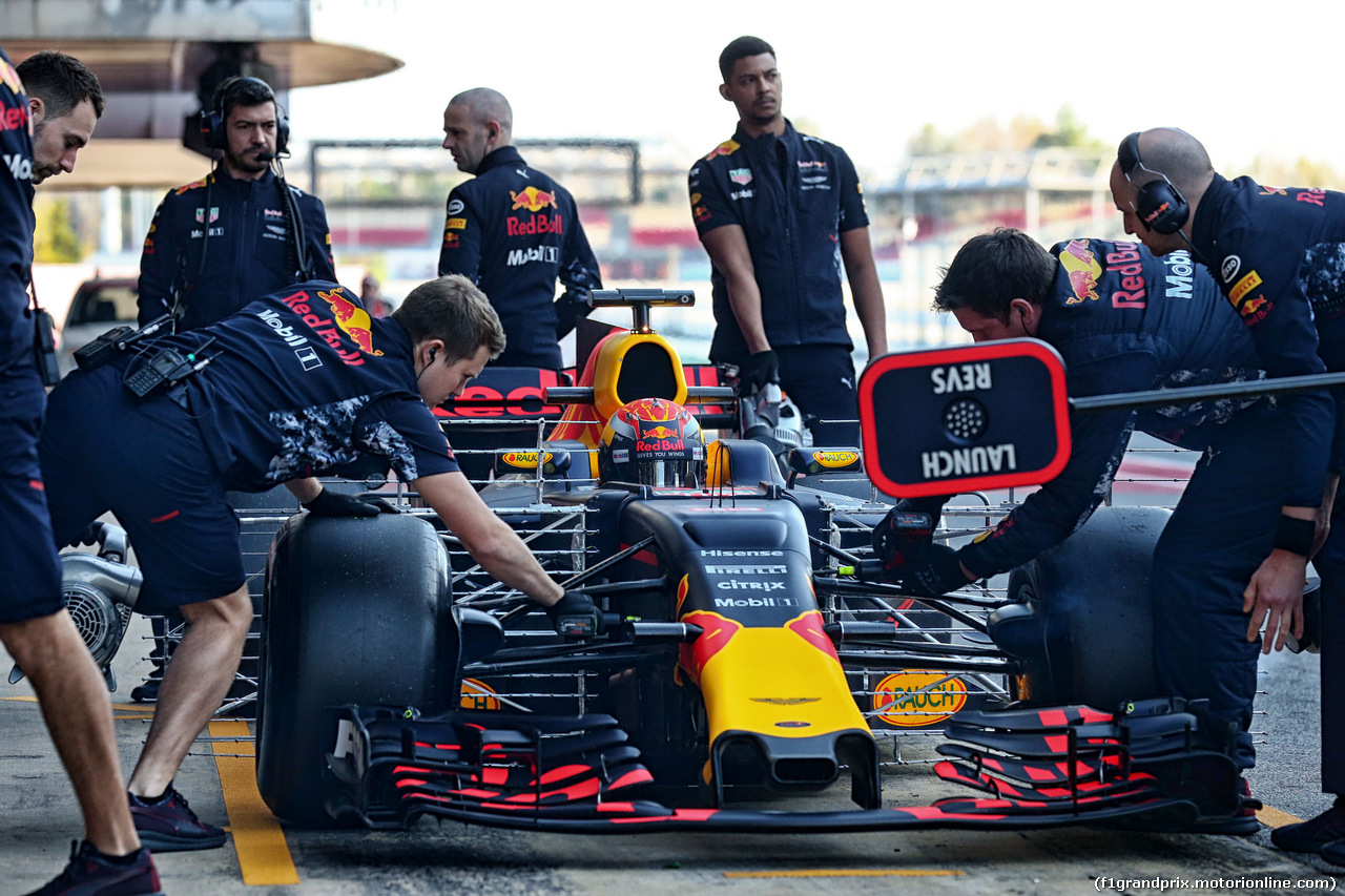 TEST F1 BARCELLONA 10 MARZO, Max Verstappen (NLD) Red Bull Racing RB13 running sensor equipment. 10.03.2017.