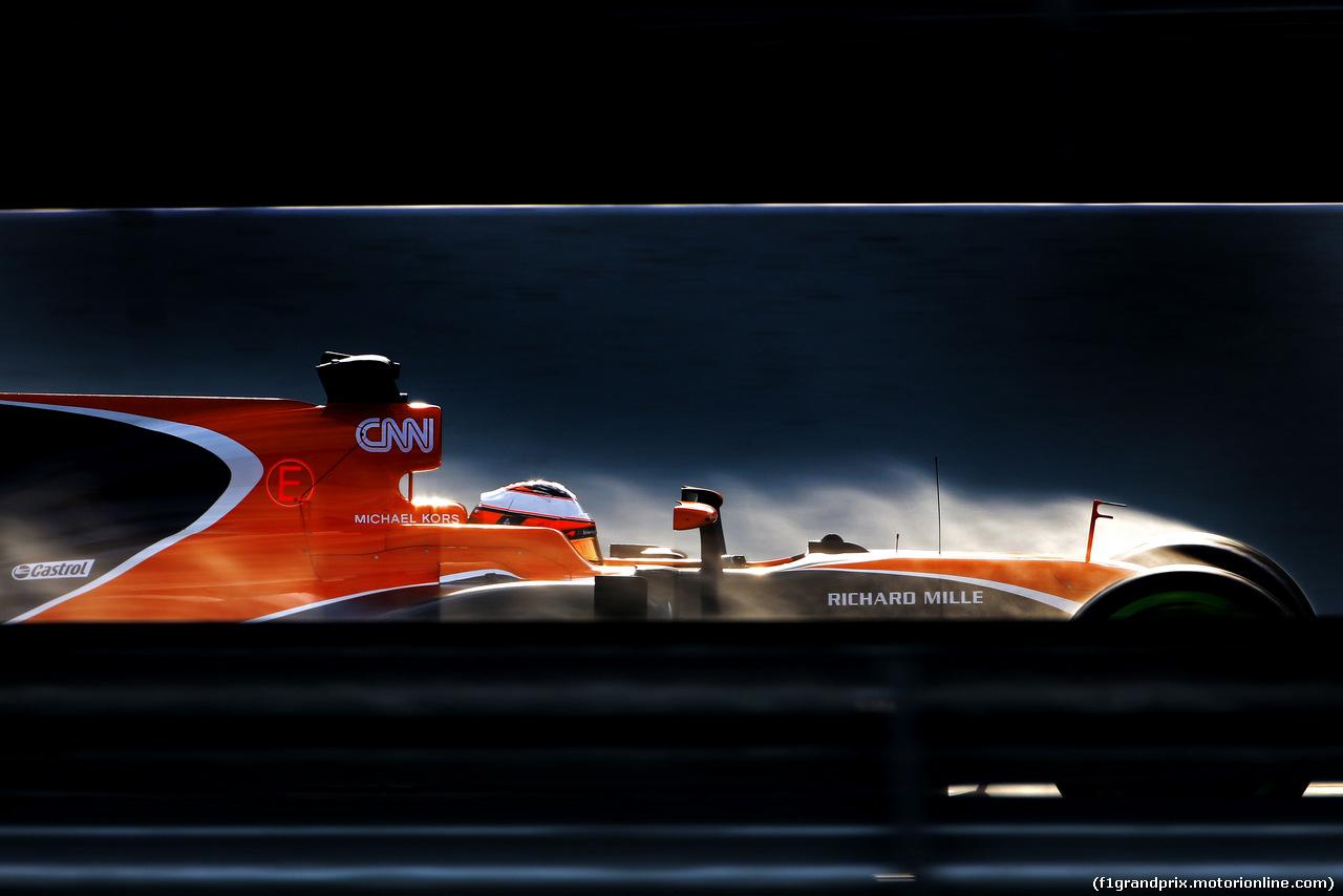 TEST F1 BARCELLONA 2 MARZO, Stoffel Vandoorne (BEL) McLaren F1  02.03.2017.
