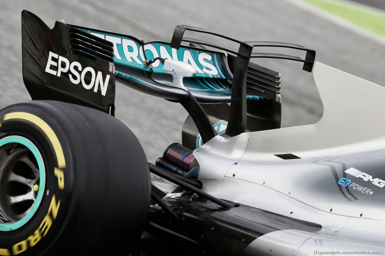 TEST F1 BARCELLONA 8 MARZO, Mercedes AMG F1 W08 engine cover T-Wing. 08.03.2017.