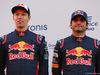 TORO ROSSO STR12, (L to R): Daniil Kvyat (RUS) Scuderia Toro Rosso with team mate Carlos Sainz Jr (ESP) Scuderia Toro Rosso. 26.02.2017.