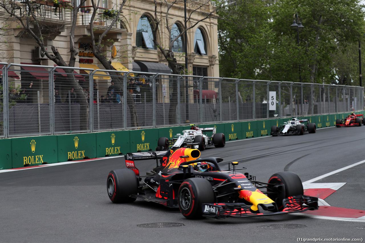 GP AZERBAIJAN, 29.04.2018 - Gara, Daniel Ricciardo (AUS) Red Bull Racing RB14