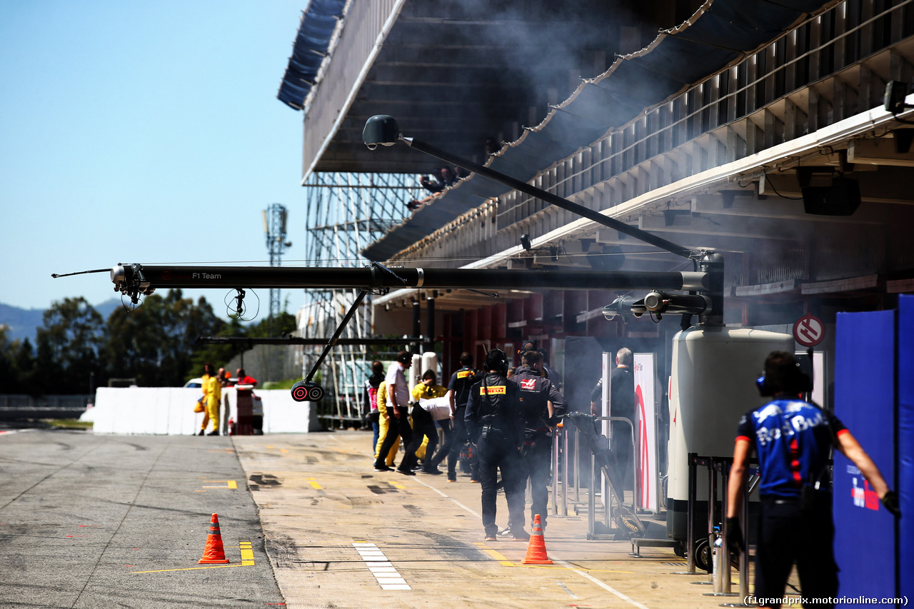TEST F1 BARCELLONA 15 MAGGIO, Smoke coming from the Haas F1 Team garage. 15.05.2018.