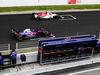 TEST F1 BARCELLONA 26 FEBBRAIO, Marcus Ericsson (SWE) Sauber C37 e Brendon Hartley (NZL) Scuderia Toro Rosso STR13 practice a partenza. 26.02.2018.