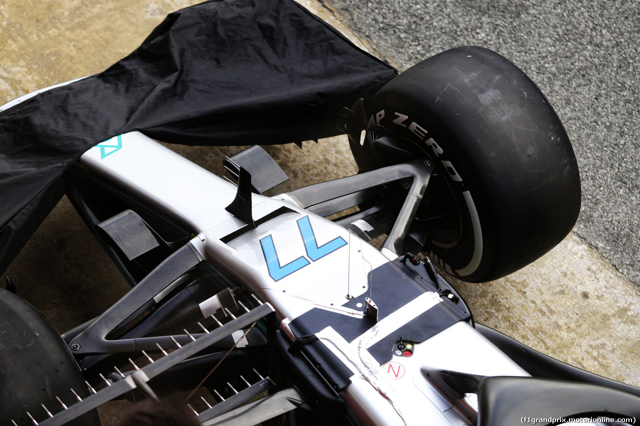 TEST F1 BARCELLONA 8 MARZO, Mercedes AMG F1 W09 front suspension detail. 08.03.2018.