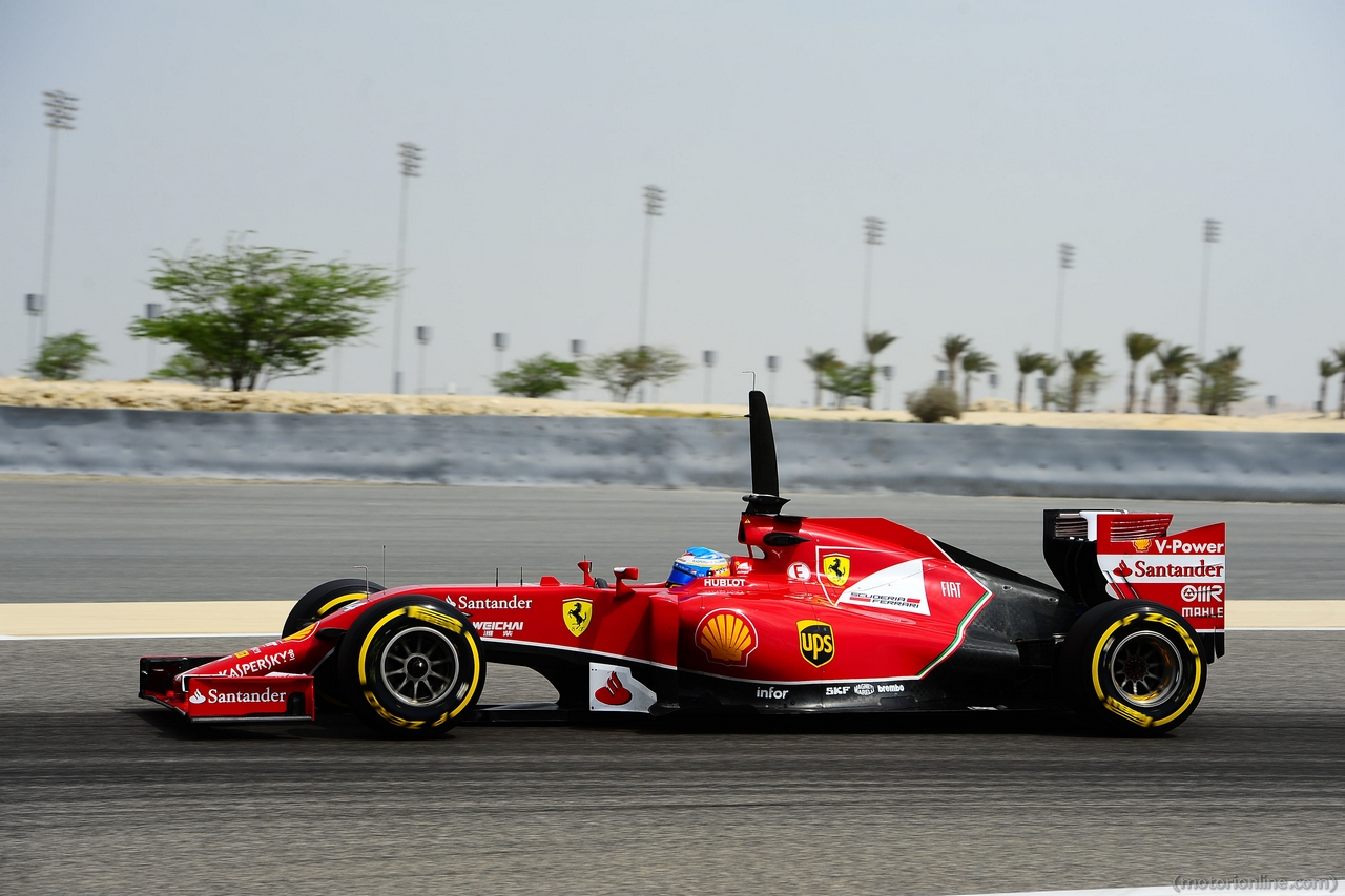 Bahrain GP Ferrari mechanic breaks leg in Kimi Raikkonen