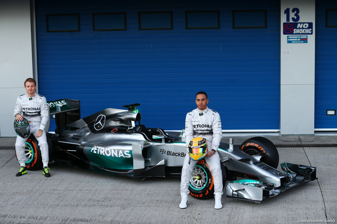 mercedes benz w05 f1 team 2014 black and silver