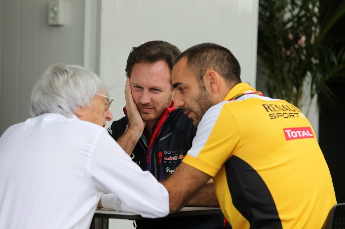 Ecclestone propone di congelare solo i motori Mercedes, Horner rifiuta