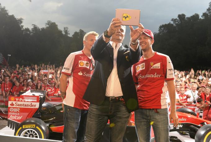 Ferrari: Migliaia a Monza per il Meet and Greet
