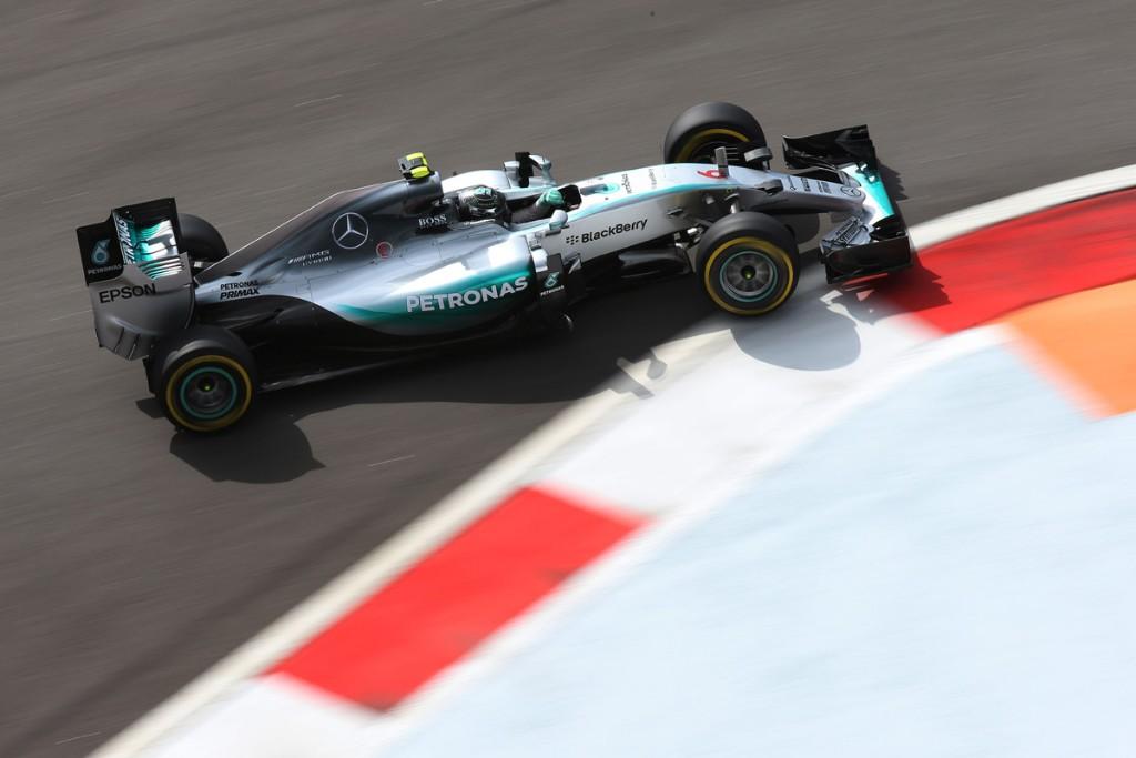 """Mercedes, Rosberg: """"Non ho intenzione di lasciare la squadra"""""""