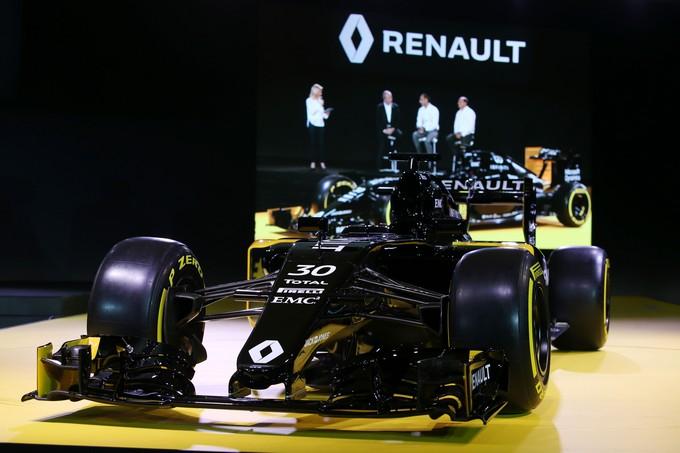 Renault – Pochi giorni al fire-up