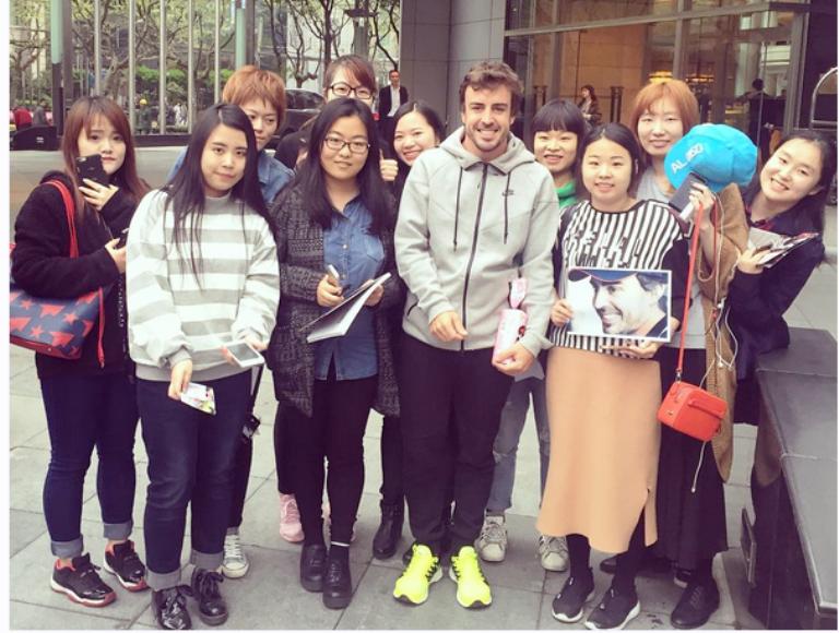 GP Cina: Alonso aspetta il verdetto dei medici