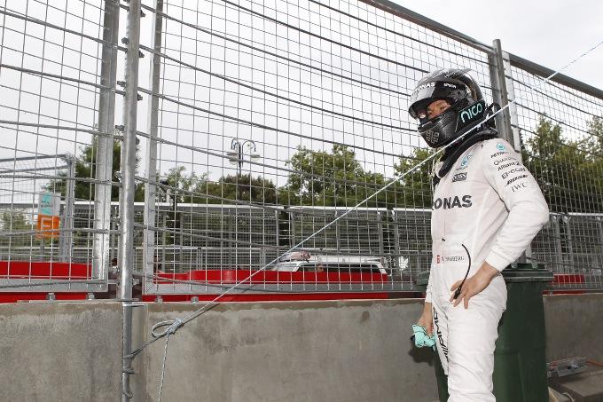 Pole di Rosberg, Ricciardo beffa Vettel
