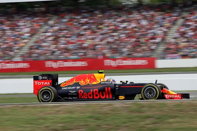 Dominio Red Bull alle libere del Belgio. Flop Mercedes, Ferrari in rimonta