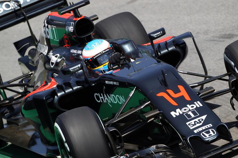 """Alonso prenota un sedile Porsche in WEC: """"Caro Webber, non mi hai aspettato…"""""""