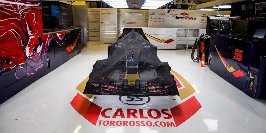 F1 toro rosso spiega le modifiche all interno del garage for Appoggiarsi all aggiunta del garage