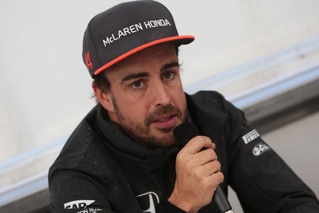 F1, Alonso si lamenta subito della McLaren: