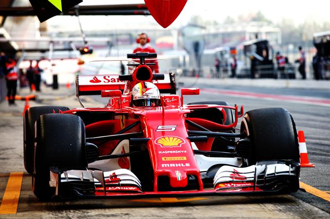 F1, test Barcellona: Vettel, maratona e primato