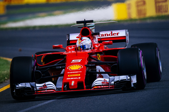 ferrari vettel in prima fila al gp australia. Black Bedroom Furniture Sets. Home Design Ideas
