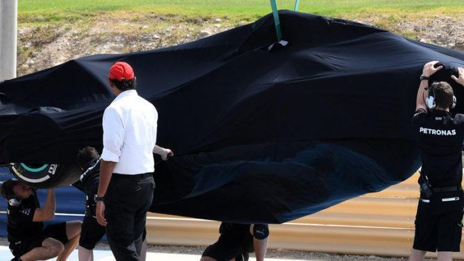 Automobilismo, prove a Sakhir: Giovinazzi su Ferrari dietro solo a Hamilton