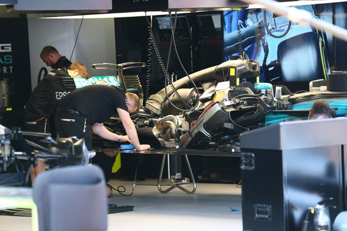 GP Monaco: i commissari verificano il diffusore Mercedes
