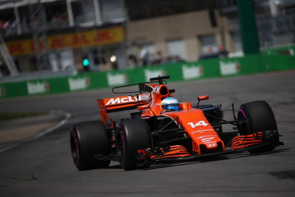 """""""Fermando"""" Alonso: con il motore Mercedes allo spagnolo non conviene muoversi dalla McLaren…"""