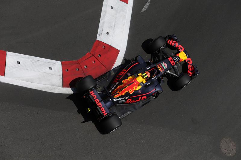 FP1 Baku: Verstappen e Red Bull subito in testa!