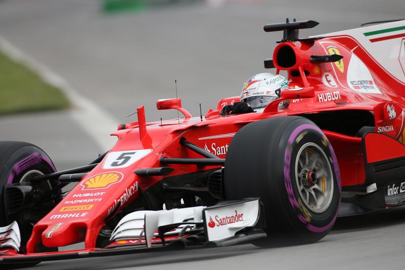 F1 , Gp del Canada: Hamilton 'mostruoso'. Pole e record di Senna equagliato