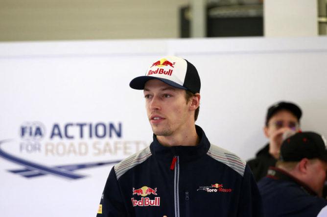 "F1 | Kvyat: ""Sainz deve mantenere la distanza"""