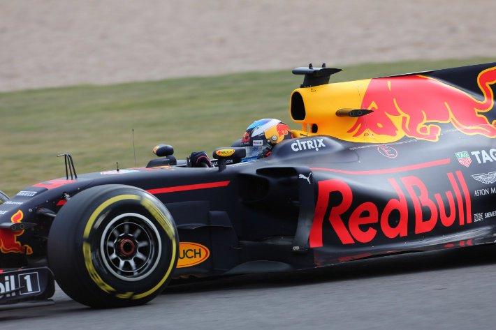 F1 GP Ungheria, Prove Libere 1: Ricciardo precede Raikkonen