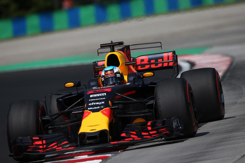F1 GP Ungheria, Prove Libere 2: Ricciardo si conferma il più veloce