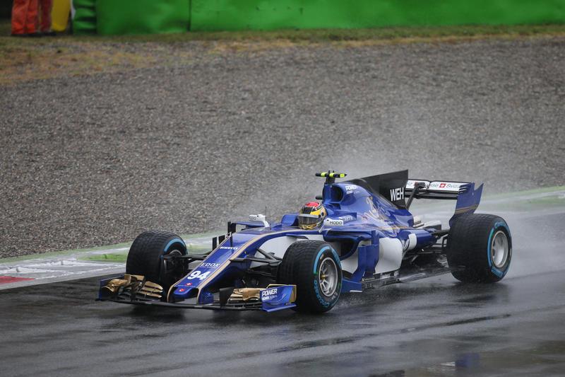 "F1 | Sauber, Wehrlein: ""Problemi a portare in temperature le intermedie"""