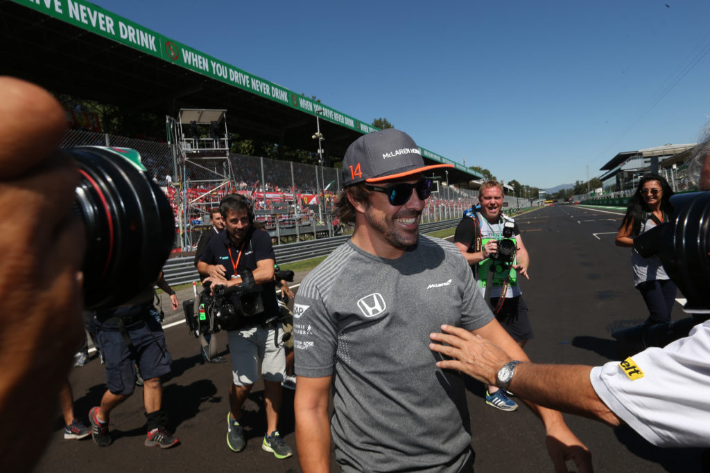 F1, Alonso resta in McLaren ma addio Honda, arriva Renault