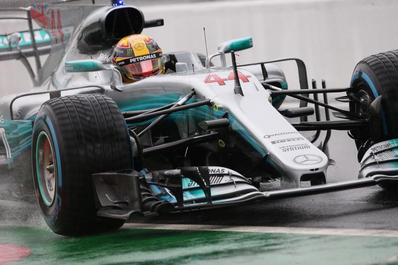 F1 GP Italia, Qualifiche: Hamilton davanti a tutti, è record di pole position
