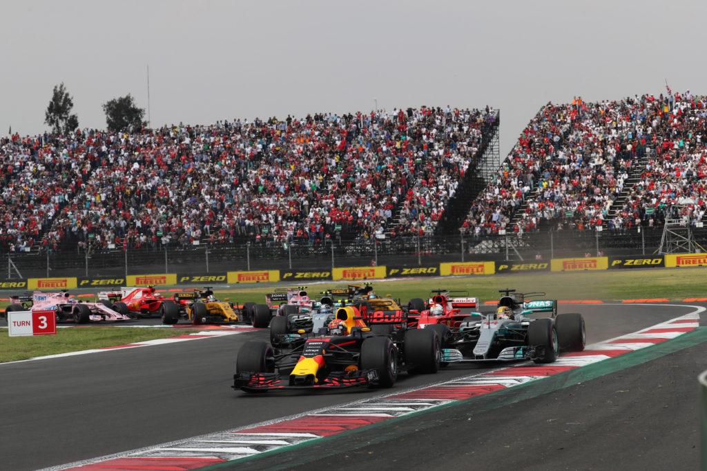 GP Messico – Da Hamilton a Verstappen: il virtuale passaggio di consegne che spaventa la Ferrari