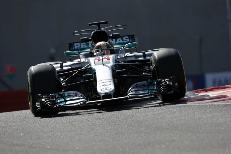 F1 GP Abu Dhabi, Prove Libere 2: a Hamilton la prima giornata in pista