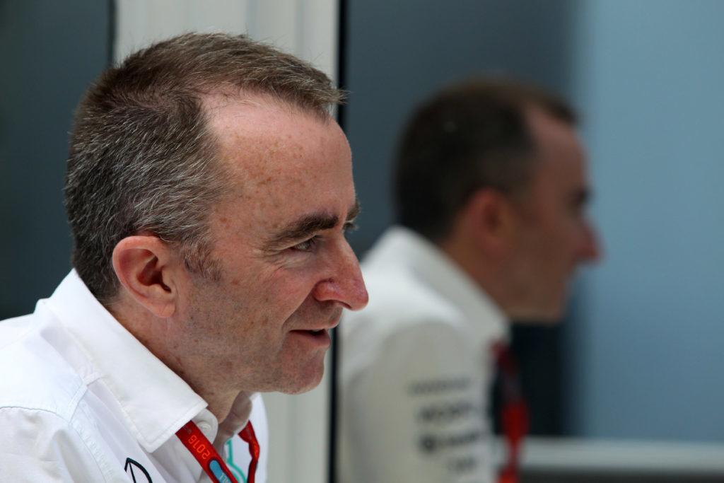 "F1 | Lowe: ""Kubica potrebbe partecipare ai test di Abu Dhabi"""