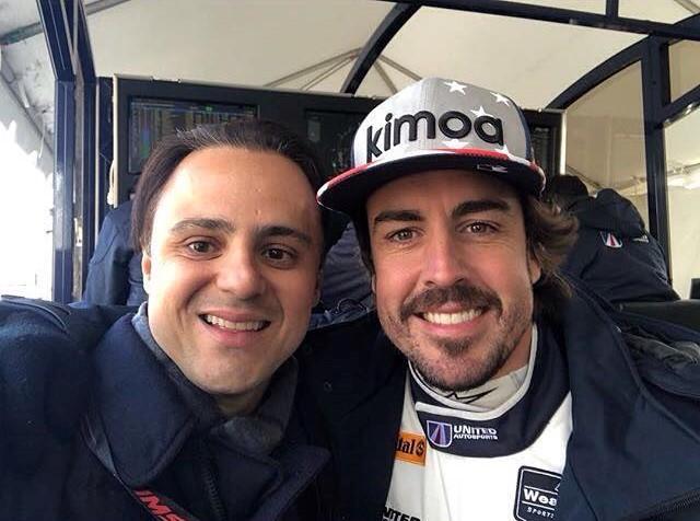 IMSA   Felipe Massa in visita a Daytona: chiacchiere e sorrisi con Alonso e Stroll [FOTO]